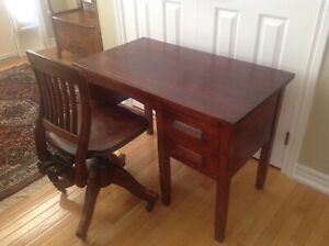 Vintage  mahogany desk and swivel chair