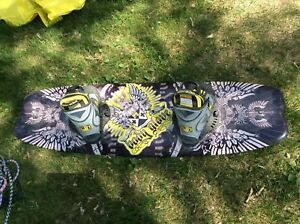 Body Glove wake board