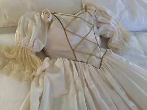 Wedding Dress Ivory Satin Size 12 Fulham Gardens Charles Sturt Area Preview