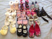 Beautiful baby shoes! Cleve Cleve Area Preview