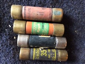 Four fuses 35 and 40 amp