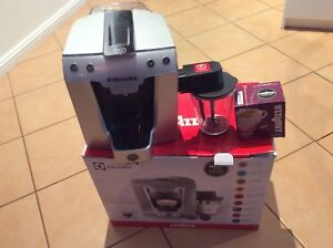 Coffee machine capsule machine