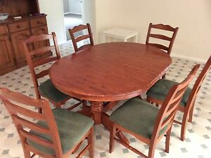 Dining table with 6 chairs Birkdale Redland Area Preview