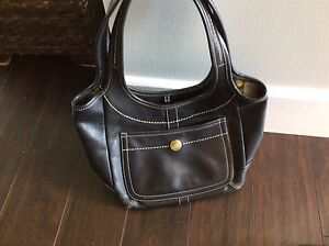 Coach Vintage Leather Hobo w/ Legacy Lining