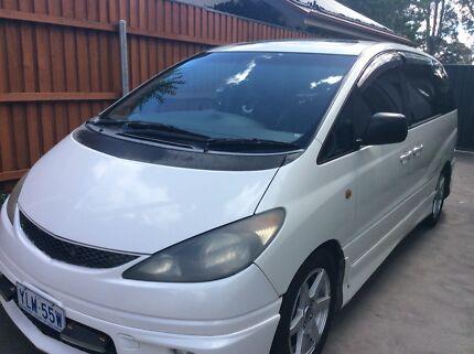 Toyota Estima 2000 Passenger Van