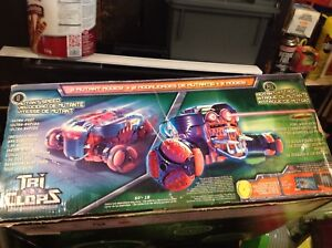 Forces of valor tank and tri clops. Remote controlled toys