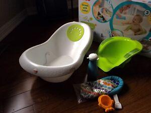 Baby bath Fisher price tub 4 in 1 sling 'n sit tub - fantastic!