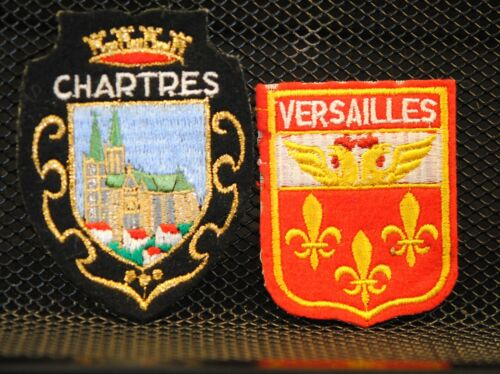 Girl Scouts Girl Guides FRANCE VERSAILLES CHARTRES 2 PATCH PATCHES
