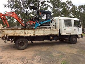 Excavator and bob cat combo, including tipper truck for sale ! Jimboomba Logan Area Preview