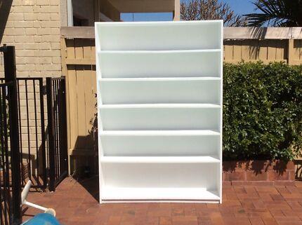 White timber bookcase / book shelf