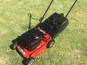 Rover lawn mower alloy base 5hp 4 stroke 4 blades Wantirna South Knox Area Preview