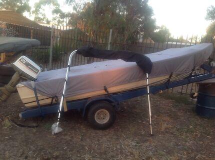 Tinny  14 ft 25 hp johnson