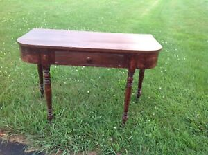 Niagara Peninsula D end table