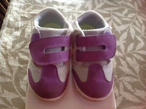 Nike shoes for toddlers size 7C