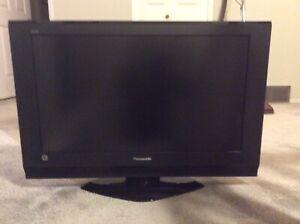 "Panasonic Viera 32"" LCD TV"