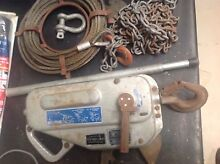 4x4 Tifor Hand Winch and shackles and welded drag chain Bonogin Gold Coast South Preview