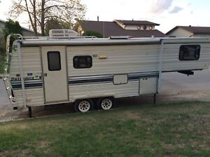 24' 1991 Dutchman fifth wheel