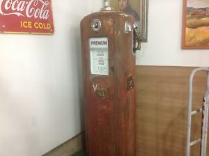 WANTED ....OLD GAS PUMPS