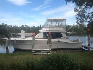 38 mariner flybridge cruiser cummins diesels Dora Creek Lake Macquarie Area Preview