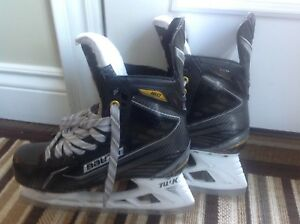 Men's Bauer Supreme 160 size 7D