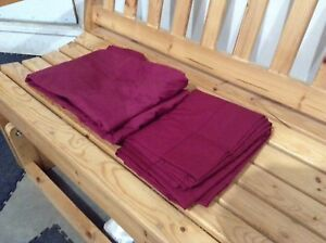 Queen size flat sheet and fitted sheet