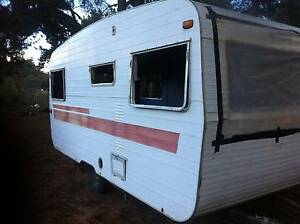 OLD CARAVANS IN AVERAGE OR BAD CONDITION Victor Harbor Victor Harbor Area Preview