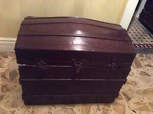 Antique Trunk Moonee Ponds Moonee Valley Preview