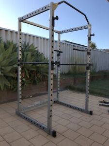 Gym weight power cage
