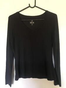 2 black v-neck stretch cotton tops size M $2 each