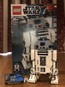 LEGO Star Wars R2-D2 UCS 10225 Opened - 99% Complete