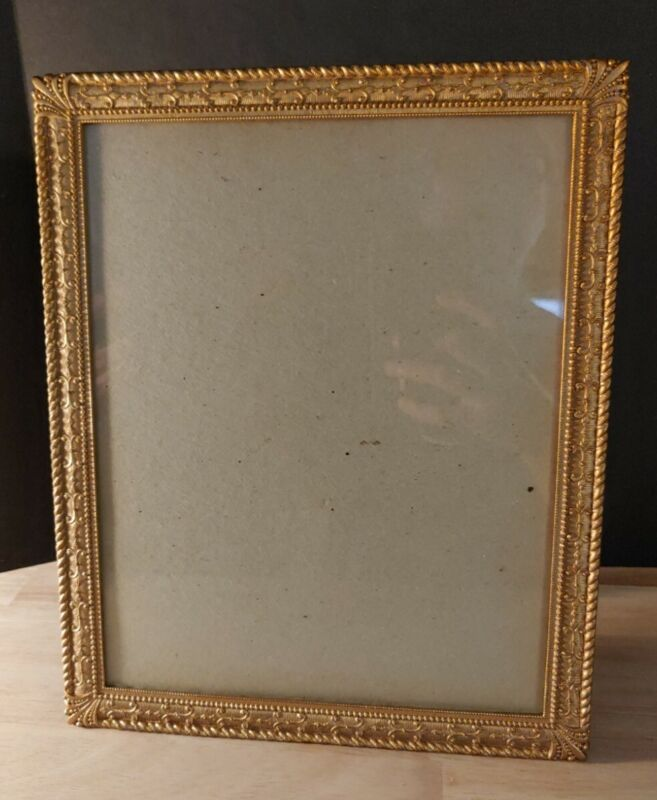 8 x 10 Vintage Metal Gold Brass Tone Picture Frame Standing Easel - Read all