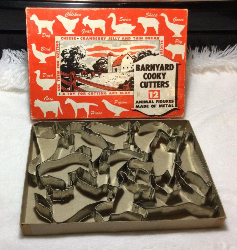 Barnyard Cooky Cutters Set of 12 Vintage Original Box