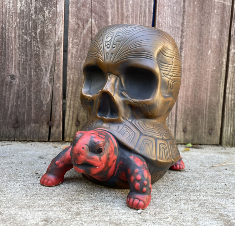 NEW! THE PASSENGER TORTOISE - SKULL MUG by Flounder By Tiki Farm - NIB! Sold Out