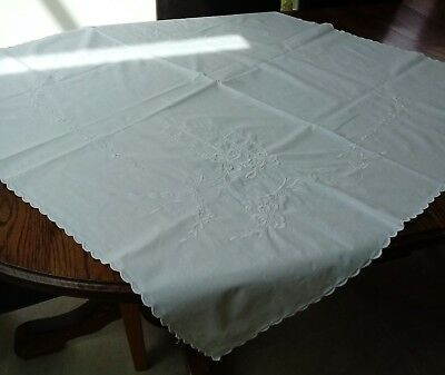 White Vintage Tablecloth Embroidered Scalloped Edge Old Cotton Linen