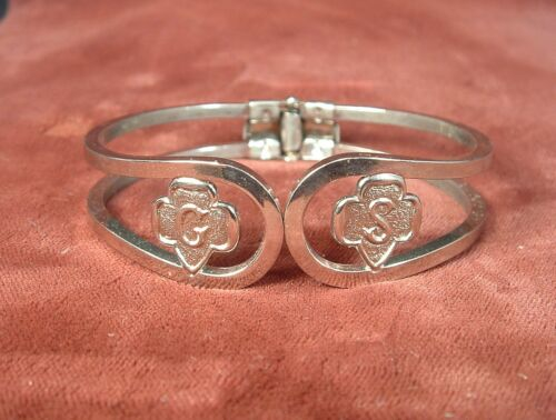 Vintage Silver Tone Spring Hinged Girl Scouts of America Bracelet