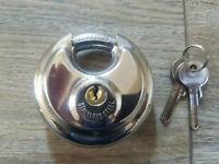 Vorhängeschloss mit 2 Schlüsseln Rundschloss Sicherheitsschloss Thüringen - Bad Köstritz   Vorschau