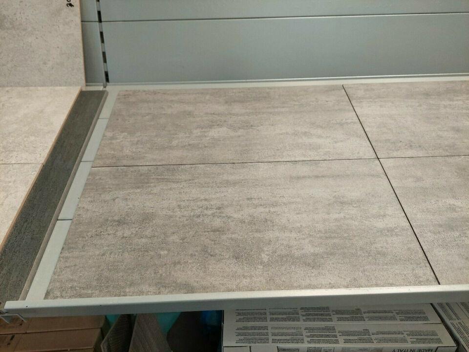 Bodenfl. 30x60cm grau Sonderaktion statt 29,80 jetzt 16,50 €/qm in Lähden