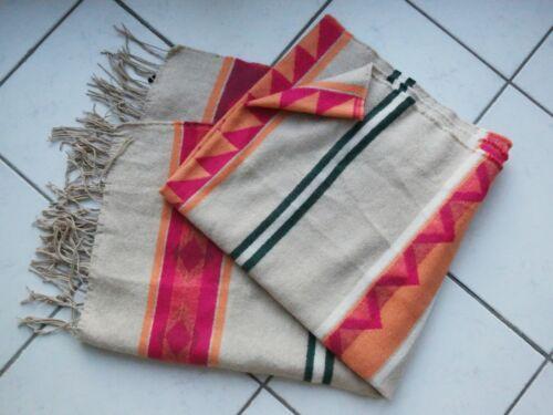 H&M Aztek Ethno Poncho Schal Scarf Tuch beige pink blogger schwarz weiß Deckes