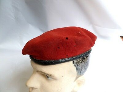 GERMAN SCARLET BERET MADE BY BAMBERGER SIZE 58 LEATHER TRIM