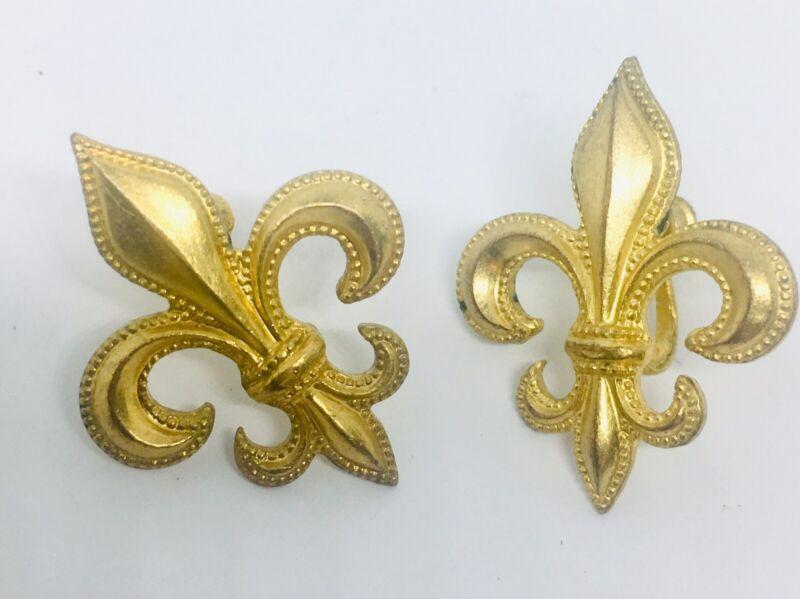 Large Art Deco Fleur de Lis Earrings Screw Backs Beaded Edges Vintage Jewelry