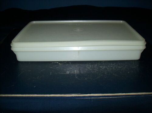 """VINTAGE TUPPERWARE WHITE RECTANGLE STORAGE CONTAINER WITH LID 11"""" X 6 1/2"""""""