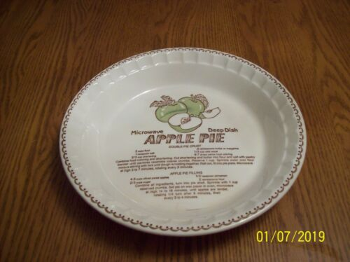Royal China Country Harvest 1983 Vintage Made In USA Apple Pie Recipe Plate