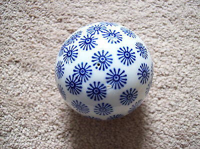 Collectible Blue & White Floral Carpet Ball Decorative Ceramic Ball 3-1/4""