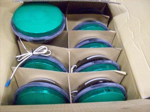 Leotek Traffic Light Lamp GREEN Color TSL-08G-LX-IL6-A1-P2 CASE OF TEN LAMPS