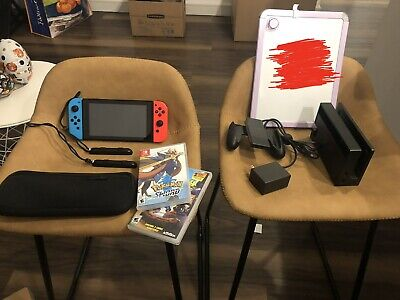 Nintendo Switch Neon Red/Neon Blue Console and 2 games