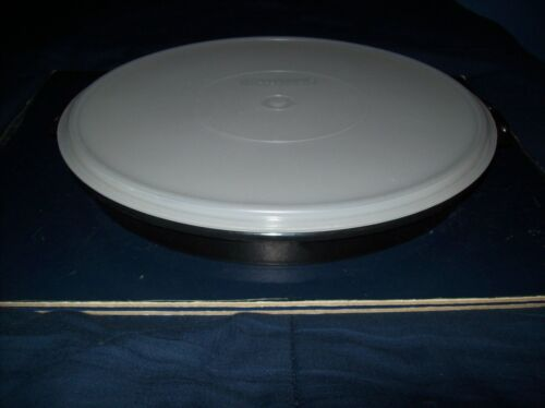 """VINTAGE TUPPERWARE 12"""" ROUND BLACK DIVIDED VEGGIE CHIP AND DIP TRAY AND LID"""