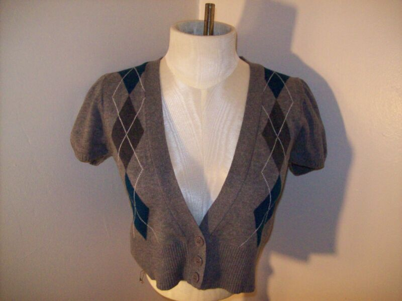"NWT $32 Cropped/Half Argyle Sweater M/32"" Bust V-Neck Short Sleeve Button Up"