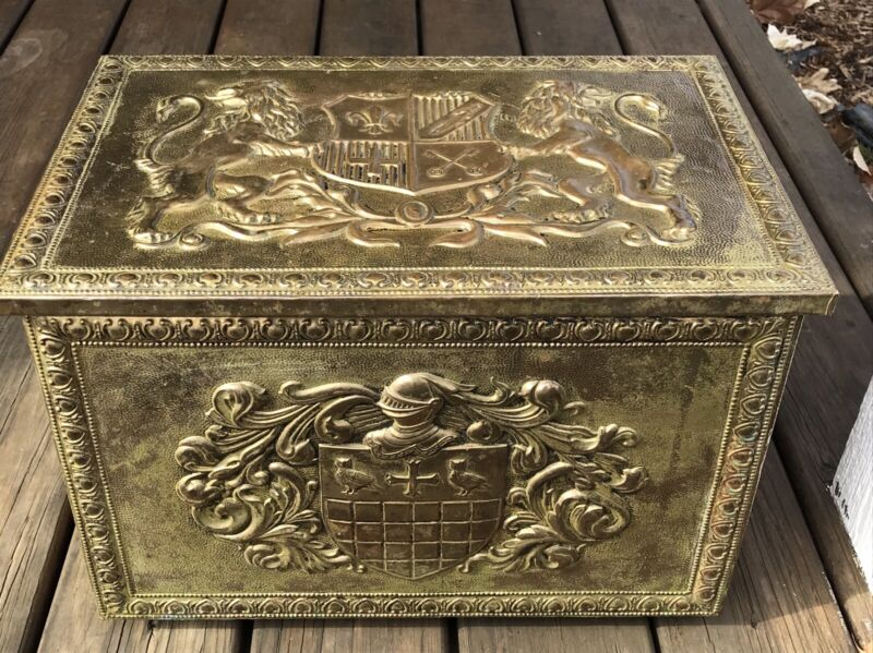 Vintage Distressed Large Gold Treasure Chest Trunk Metal Finish Made In England