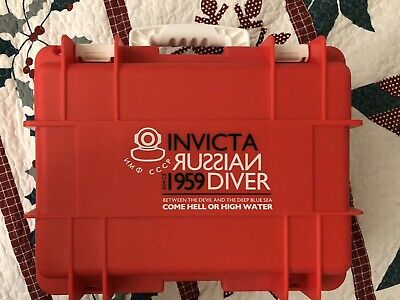 INVICTA 8-SLOT WATCH STORAGE COLLECTOR BOX IMPACT CASE Red and White