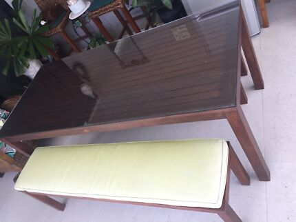 Leisure Garden Outback Timber Table with Glass Top and Matching